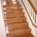 Бетонная лестница с отделкой ламинатом