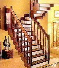 Фото лестницы из древесины для квартиры