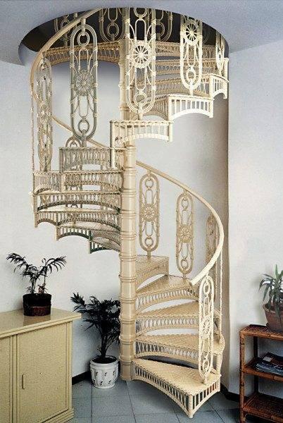 Фото винтовой конструкции в винтажном стиле