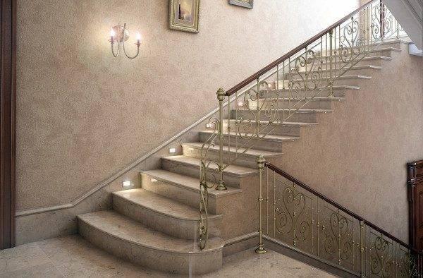 Использование монолитных железобетонных блоков – отличный вариант для создания лестниц