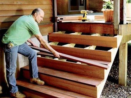 Лесенка крыльцо к бытовке своими руками из древесины