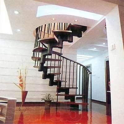 Металлическая модульная лестница имеет множество вариантов, что называется, на любой вкус – винтовая, на косоурах, больцах, комбинированная