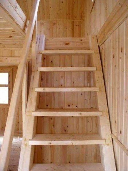На выходе получаем деревянную лестницу болтовой сборки.