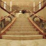 Пример лестницы из мрамора