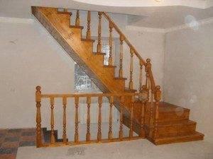 Лестницы из сосны фото