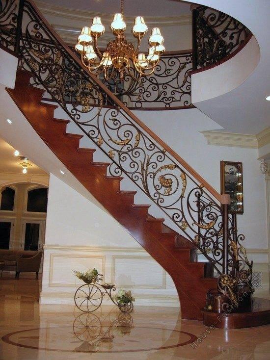 Холл в доме лестница фото 2