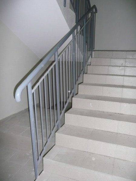 Строительство лестниц регламентируется многочисленными нормами и стандартами.
