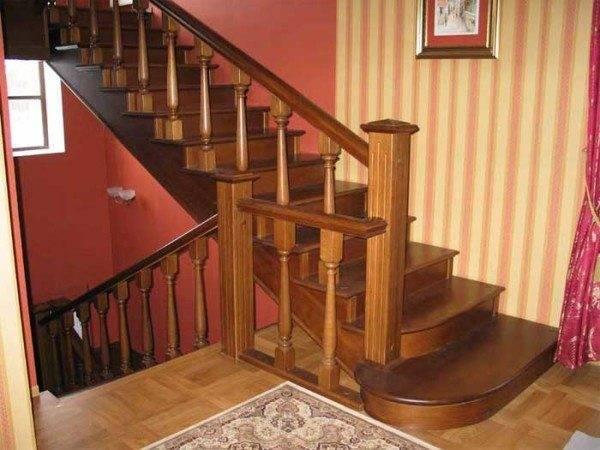 Стены на лестнице в частном доме фото 152