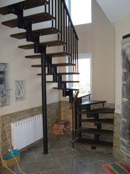 Удобная модульная лестница для дома.