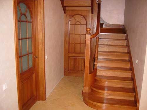 Установка лестницы в собственном доме