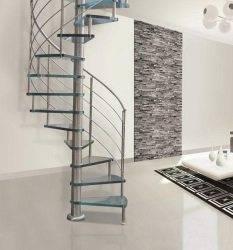 Винтовая лестница от итальянских производителей.