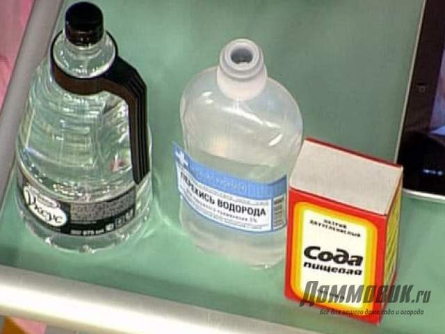 Как убрать с дивана неприятный запах, очистка народными средствами