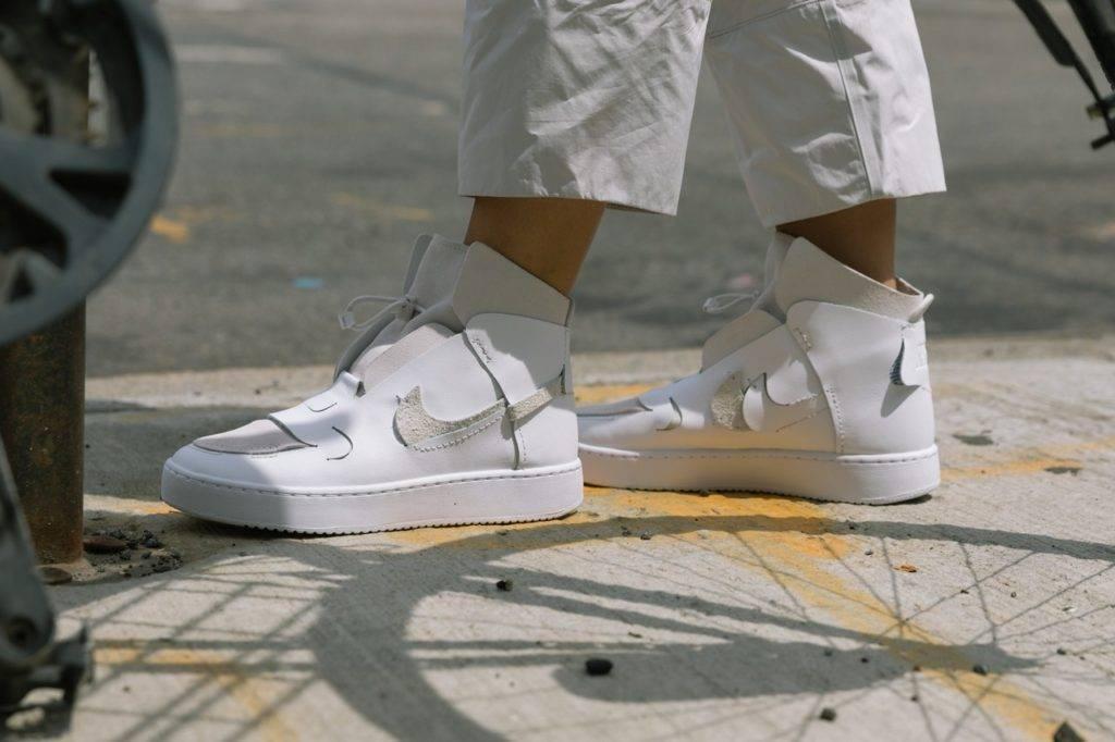 Как отбелить подошву на кроссовках, очистить на кедах или другой обуви, отмыть до белого цвета различными методами + фото и видео