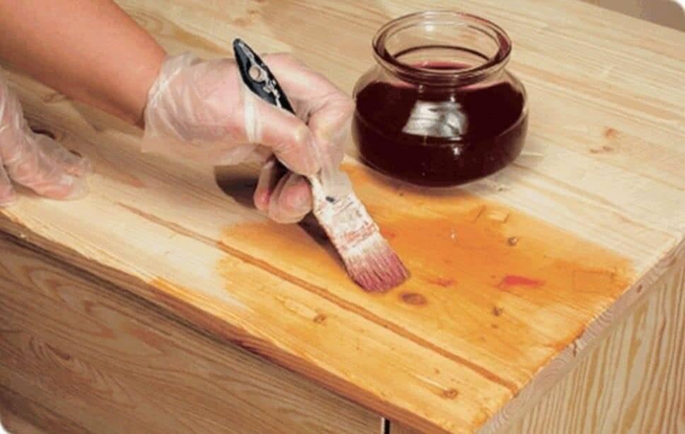 Уход за деревянными поверхностями. правила ухода за деревянной мебелью