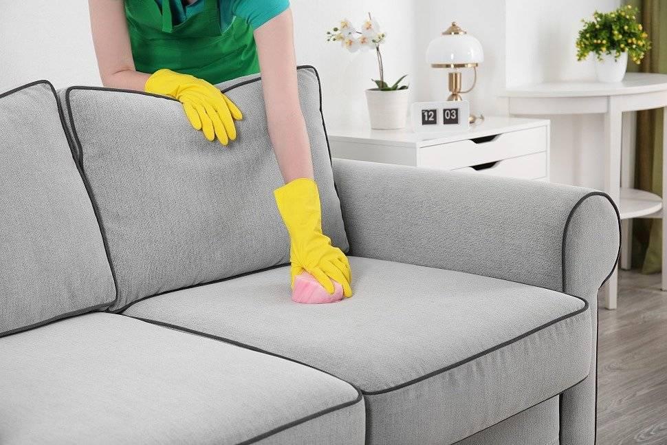 Как избавиться от запаха рвоты на диване: способы и средства для эффективной уборки