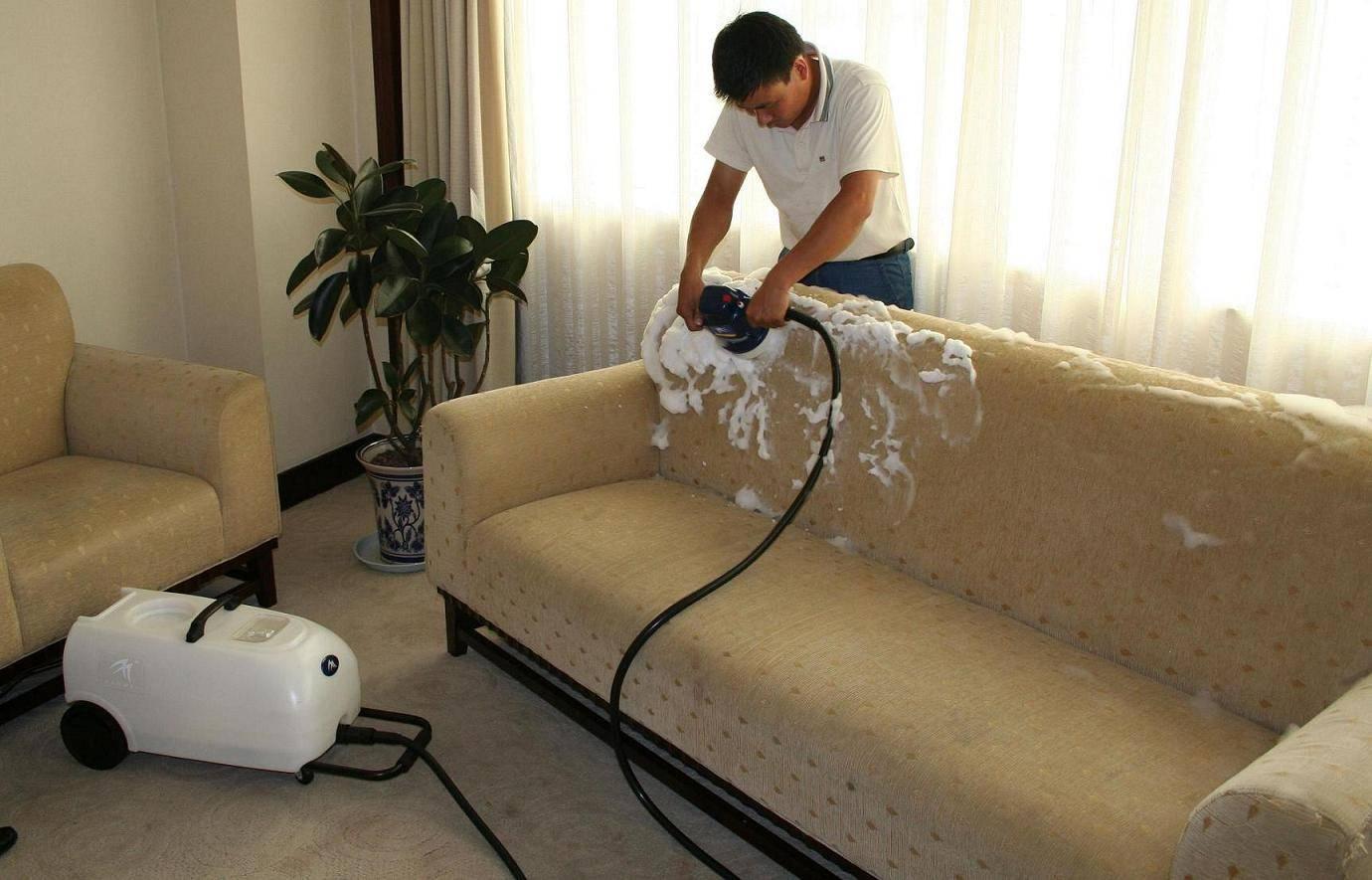 Топ 32 способа, как быстро удалить запах мочи с ковра в домашних условиях