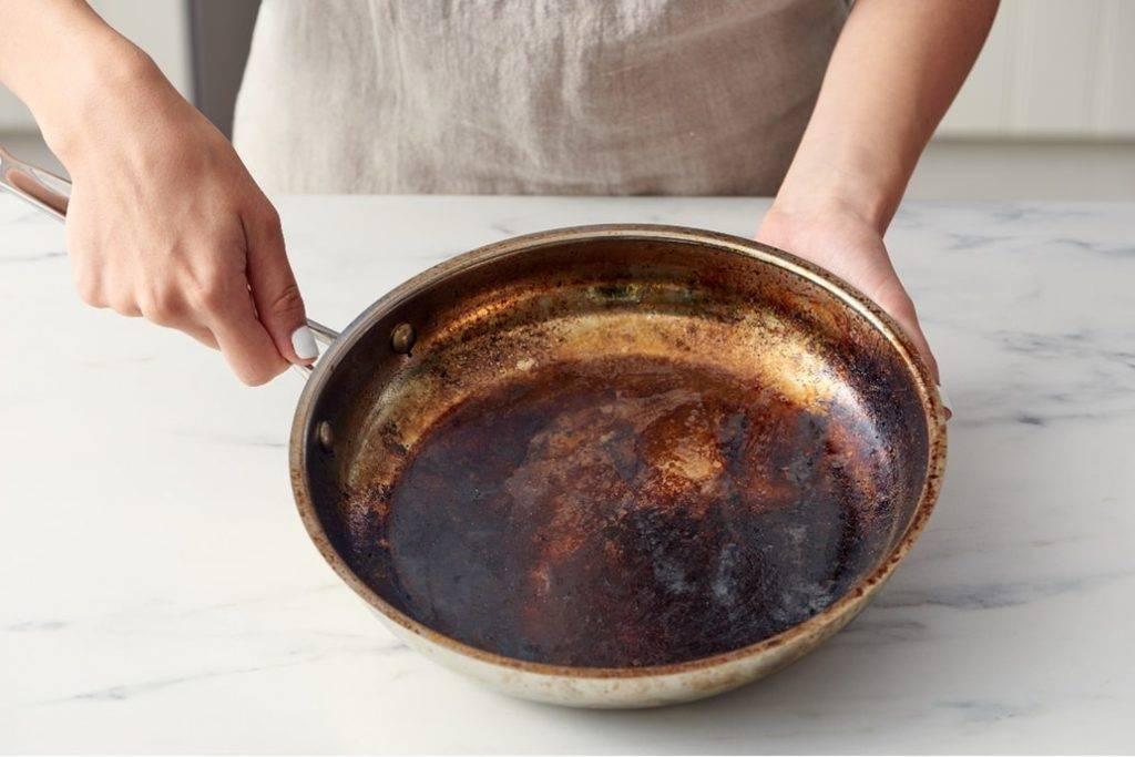 14 способов, как отчистить пригоревшее дно у кастрюли. моя кастрюля блестит, как 10 лет назад… | советы хозяюшкам