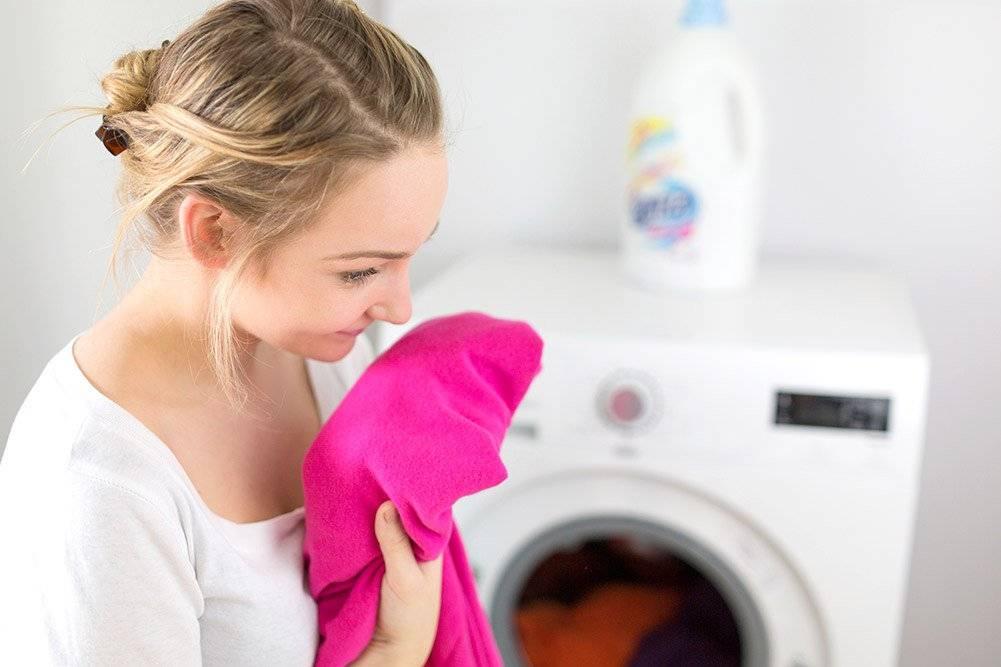 Как избавиться от неприятных запахов с одежды
