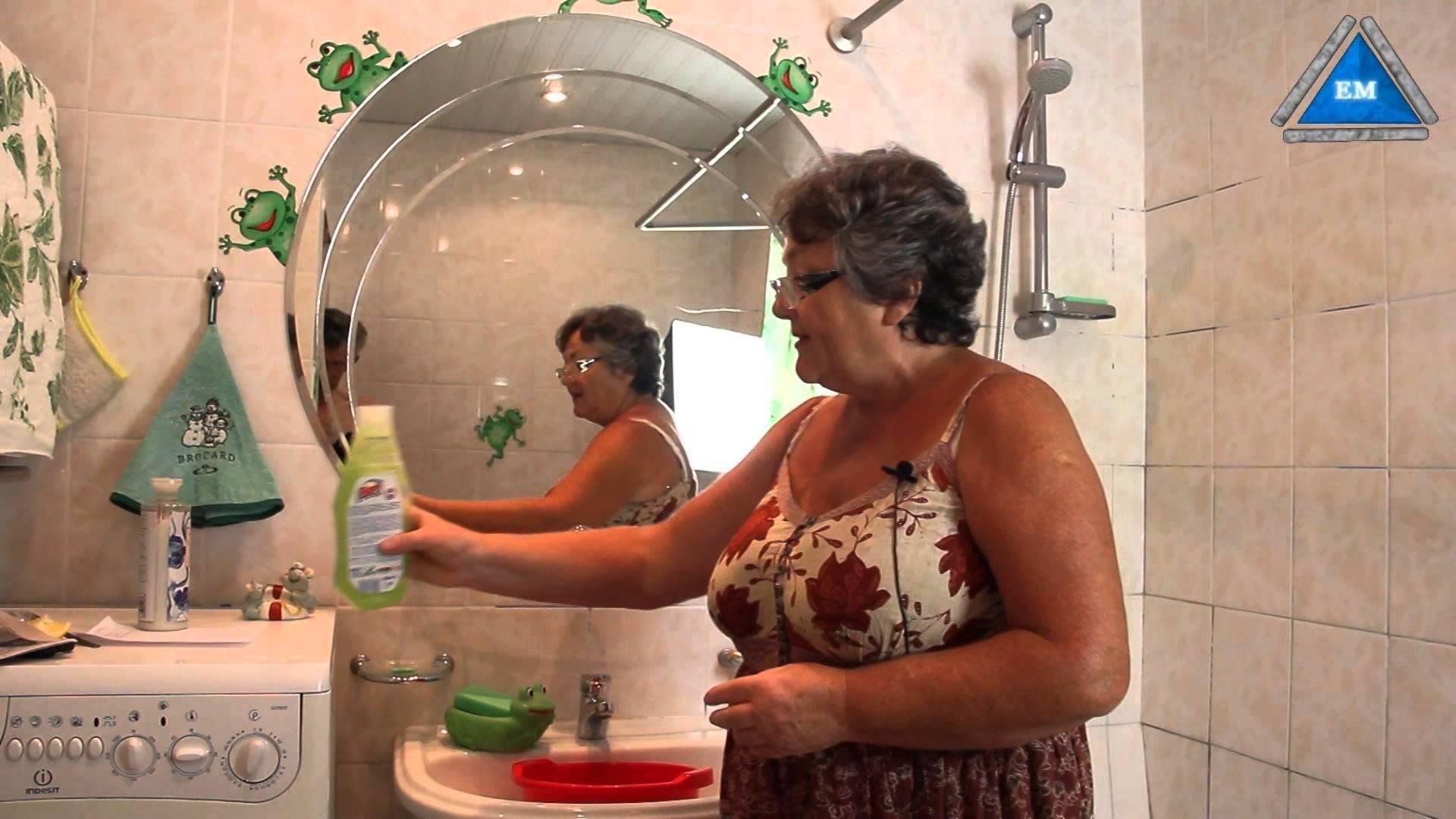 Как без разводов почистить зеркало, чем помыть зеркало