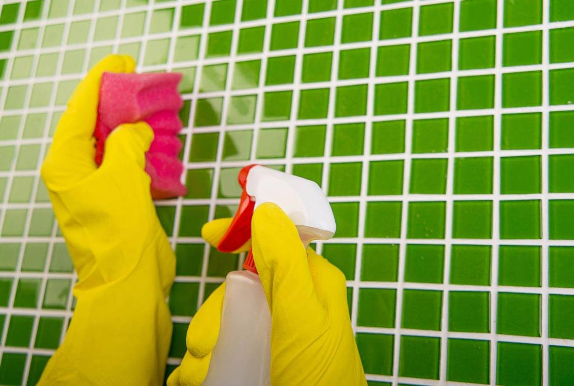 Чем почистить кафель в ванной: маленькие хитрости хорошей хозяйки