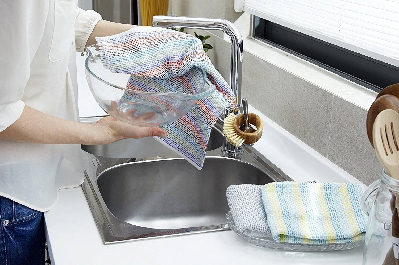 Как избавиться от затхлого запаха кухонных полотенец