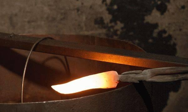 Как сделать нож из пилы своими руками