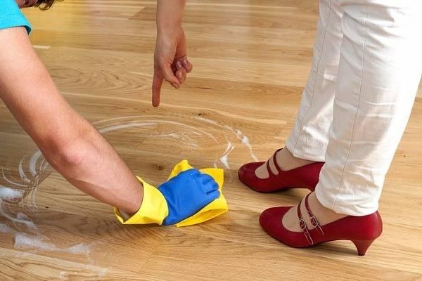 Способы отмывания водоэмульсионной краски с одежды и других поверхностей