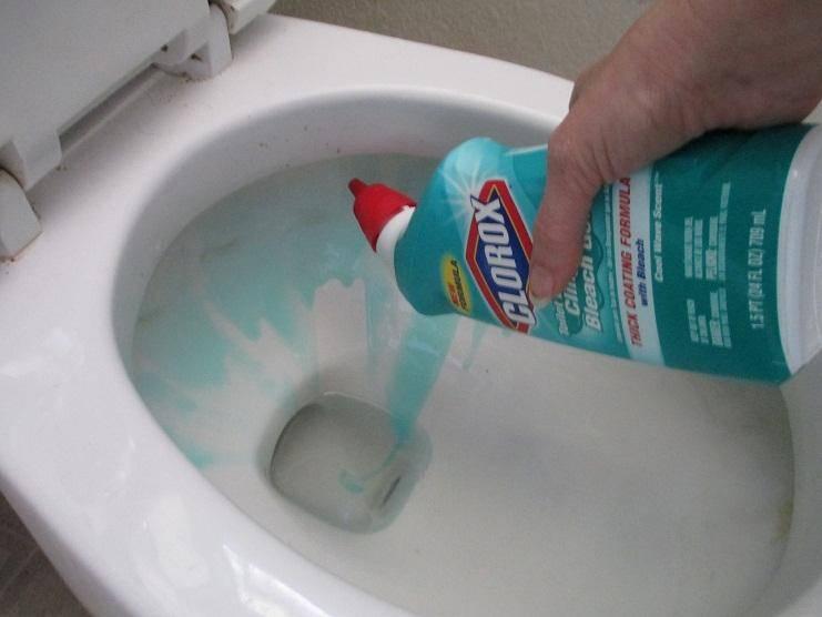Причины неприятного запаха в туалете и эффективные способы устранения проблемы