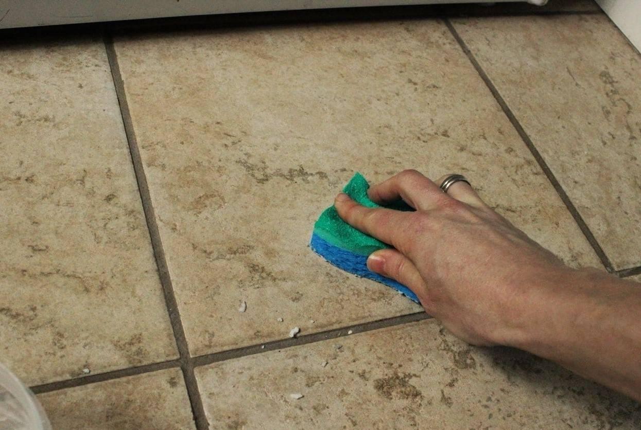 Чем смыть грунтовку с плитки