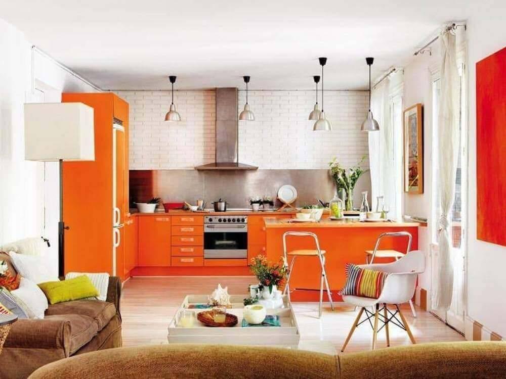 Серый цвет в интерьере кухни: сочетания оттенков и особенности оформления