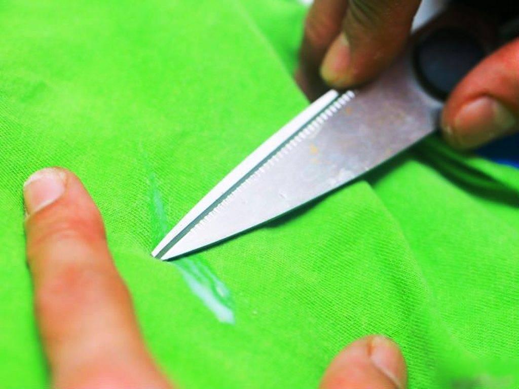 Как убрать пятно от смолы с одежды в домашних условиях, чем отмыть смолу с ткани