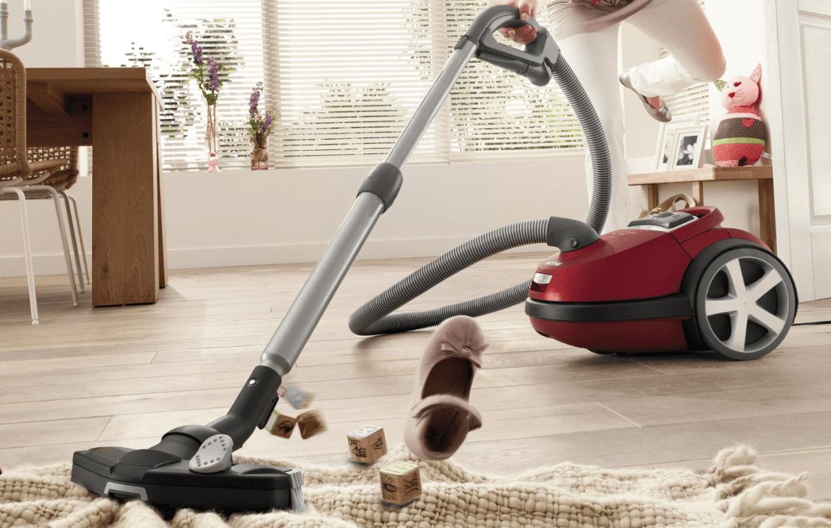 Выбираем робот-пылесос для уборки шерсти животных