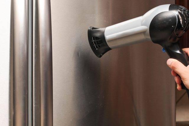 Как очистить холодильник от наклеек: простые и действенные способы