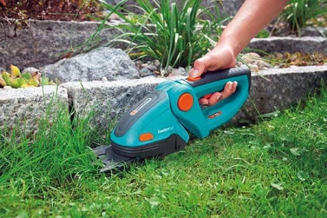 Разновидности и правила выбора ножниц для газона