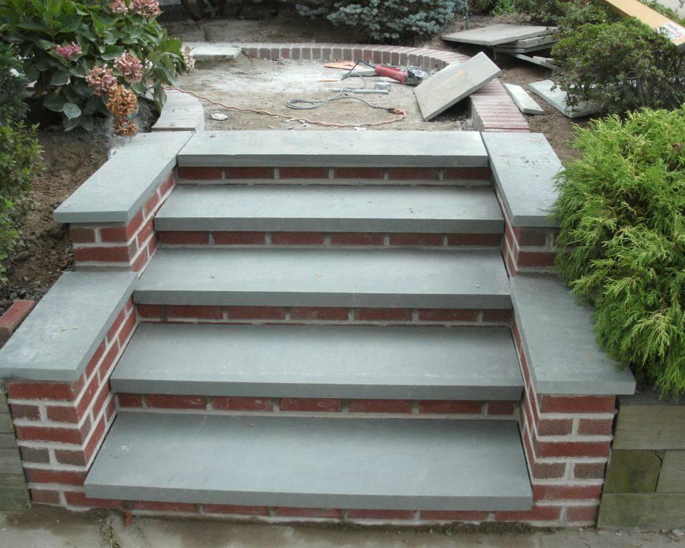 Крыльцо из бетона своими руками: пошаговая инструкция. крыльцо для частного дома