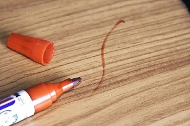 Самые эффективные методы, как оттереть ручку с обоев