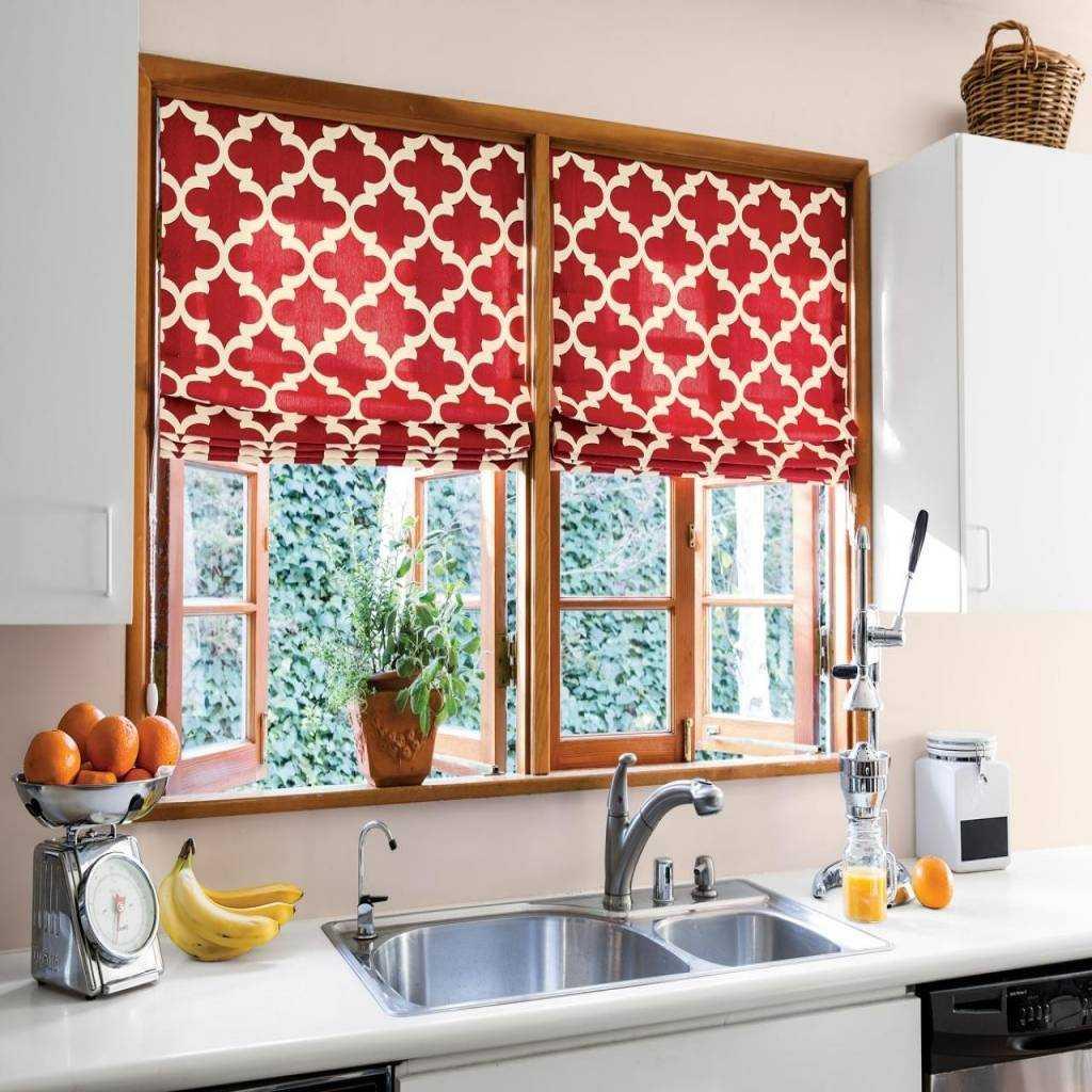 Дизайн кухонных штор на одну сторону