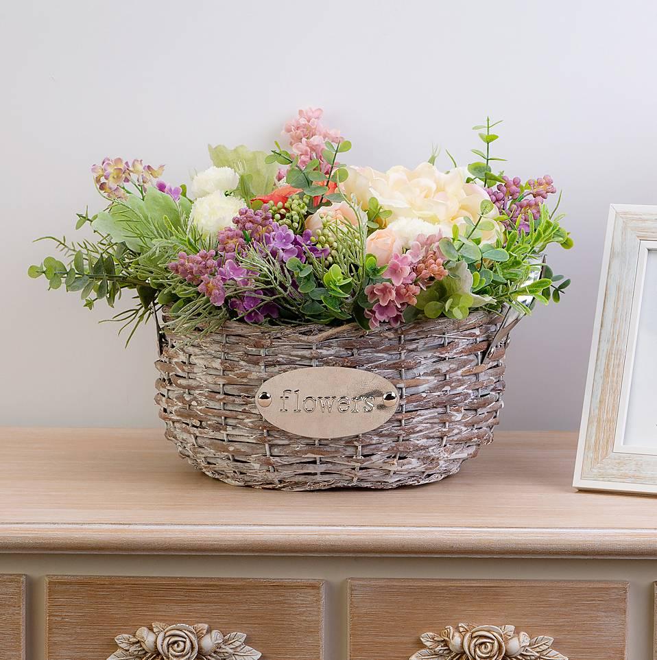 Искусственные цветы для домашнего интерьера: как эффектно украсить жилище