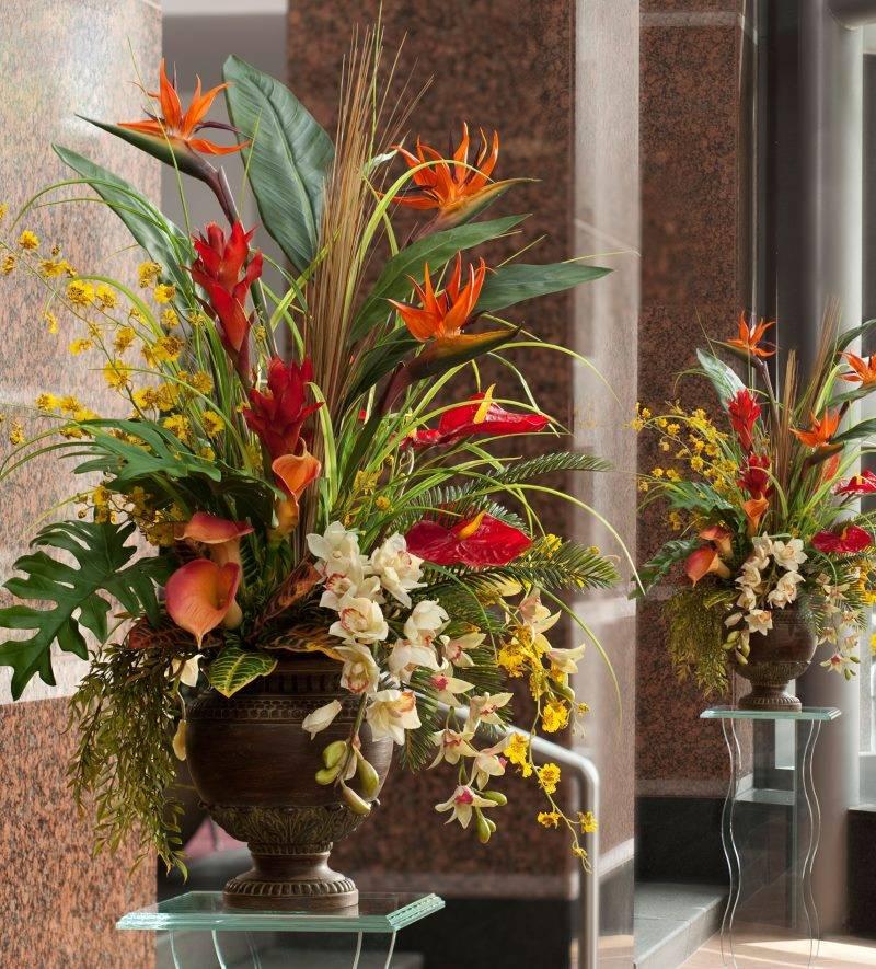 Искусственные цветы для домашнего интерьера: декор на долгие годы