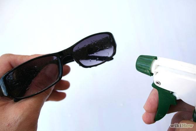 Как и чем можно убрать мелкие царапины со стекла (автомобиля, часов, бытовых приборов и т. п.)?