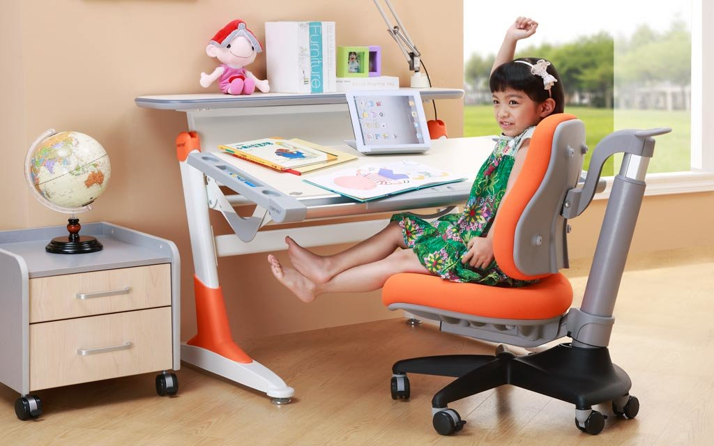Как правильно выбрать письменный стол для школьника? стандартная высота письменного стола