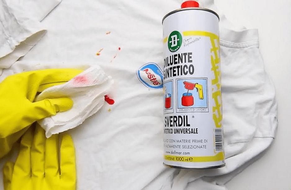 Как и чем отстирать краску для волос с одежды в домашних условиях