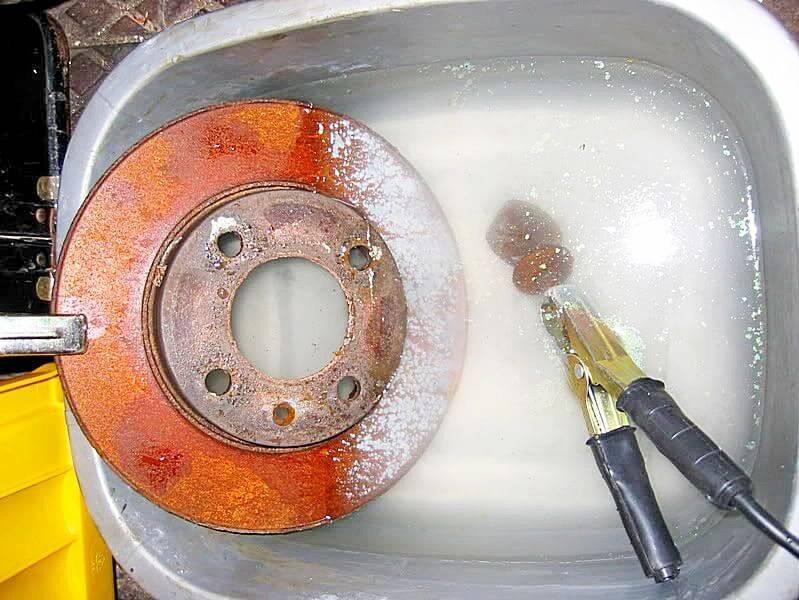 Как очистить от ржавчины старый инструмент