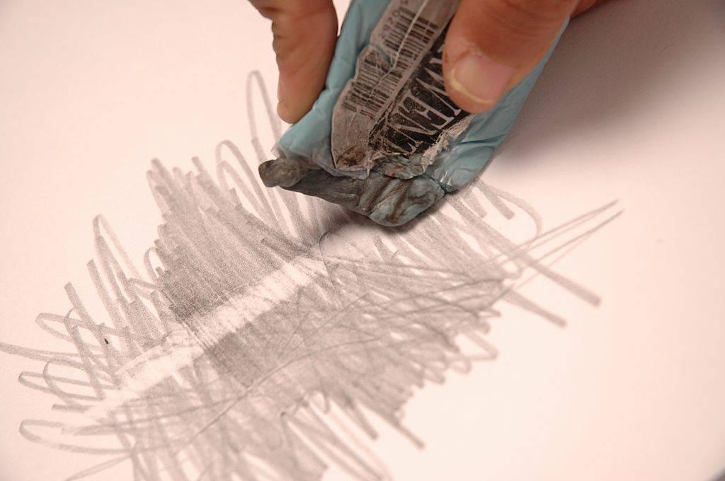 Чем смыть маркер со стены