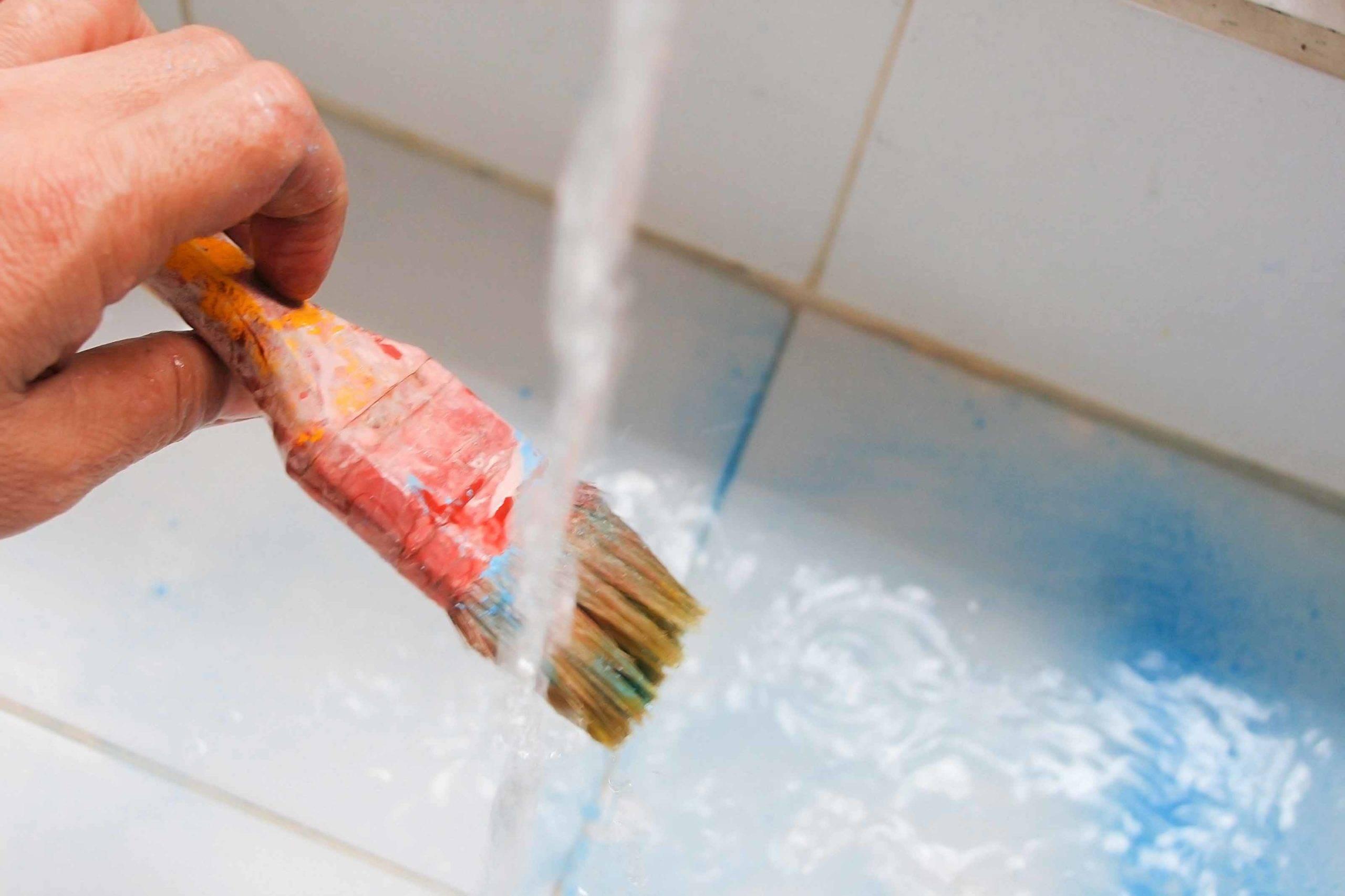 Топ 10 средств, чем можно отмыть водоэмульсионную краску в домашних условиях