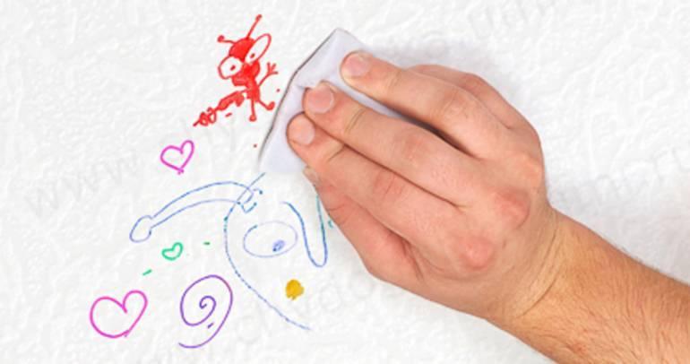 Как стереть чернила шариковой ручки с обоев в домашних условиях