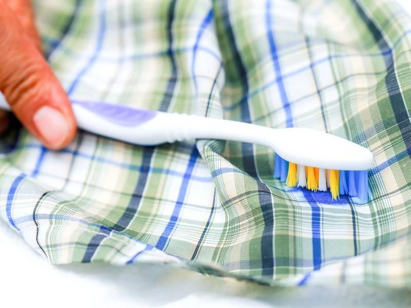 Как и чем отстирать плесень с одежды