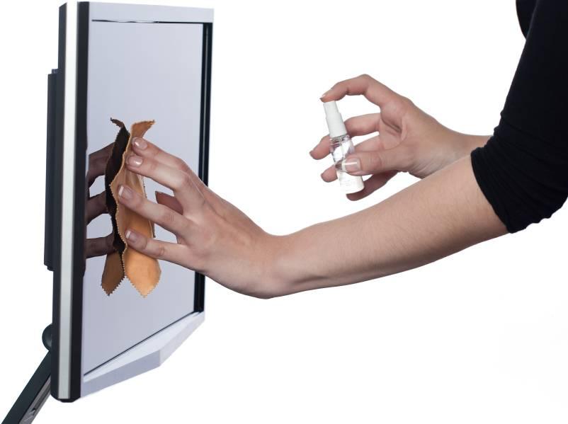 Чем протереть экран жк-телевизора: безопасные и эффективные средства
