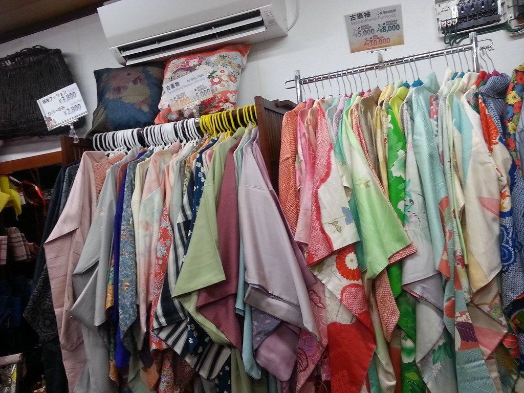 Топ 50 методов, как навсегда избавиться от неприятного запаха от одежды