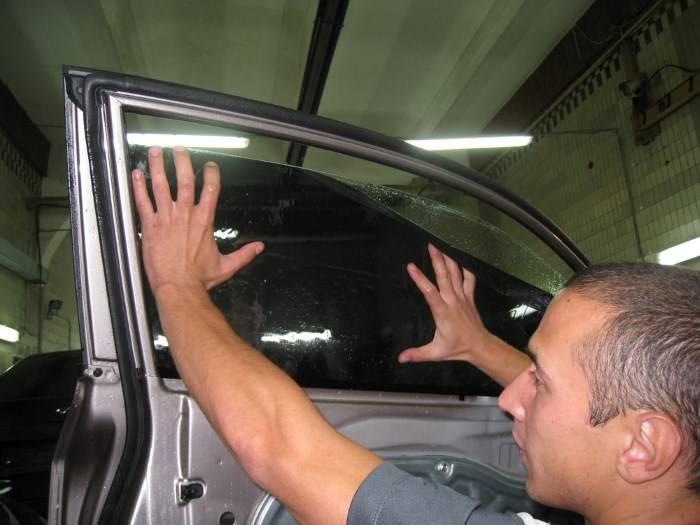 Оклеивание карбоновой плёнкой в домашних условиях. как полностью преобразить автомобиль за один день?